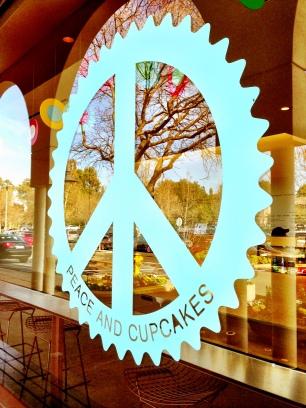 Peace & Cupcakes.
