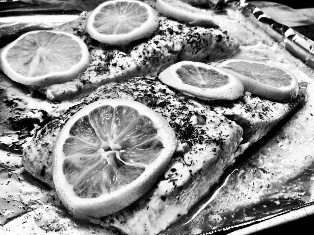 Black and white :: lemon dill salmon.
